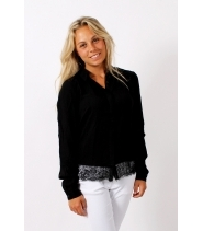 Shirt with lace detail